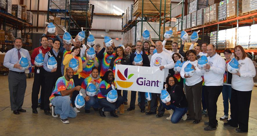 Making Sure Families Enjoy Thanksgiving Together Giant Foods Associate Connect