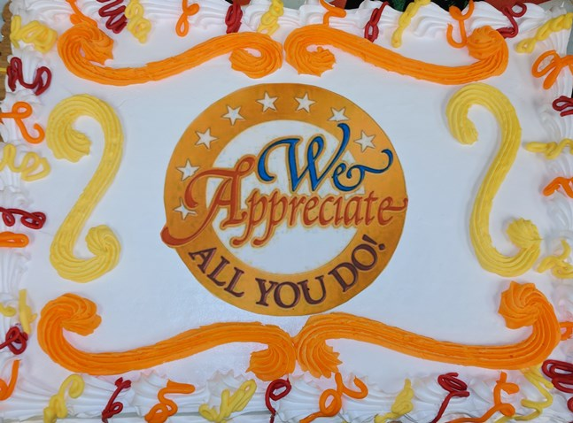 Cheryl At The Ashburn, VA, Giant Used Her Masterful Skills To Create A Beautiful Cake For Her Co-workers On Associate Appreciation Day